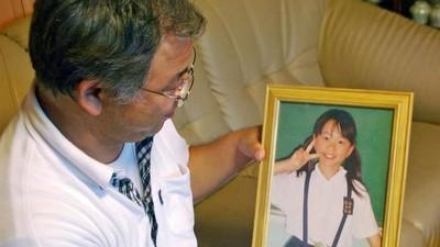 9歲小女孩命喪自家躺在血泊中 14年後兇手落網:我只是想看她痛苦