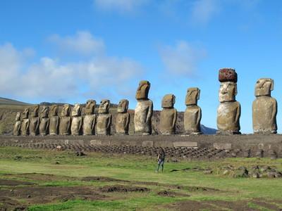 胖丁呷麵|摩艾石像高12公尺 到底是怎麼「戴上帽」的?