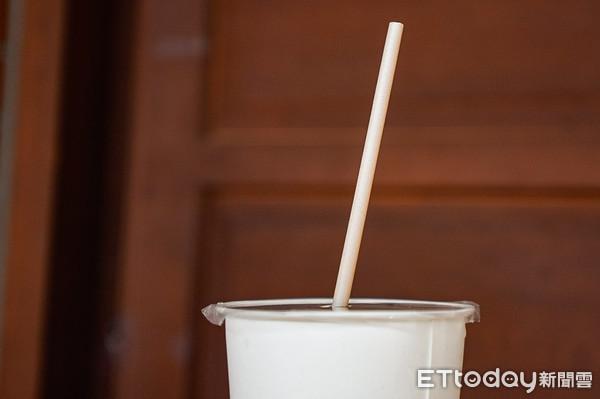 ▲▼甘蔗吸管,限塑,塑膠替代方案,天然無毒,巴黎發明獎。(圖/記者邱顯燁攝)