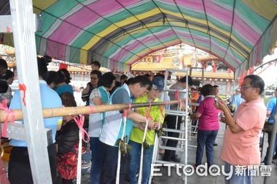台東天后宮端午包粽 越南粽受歡迎