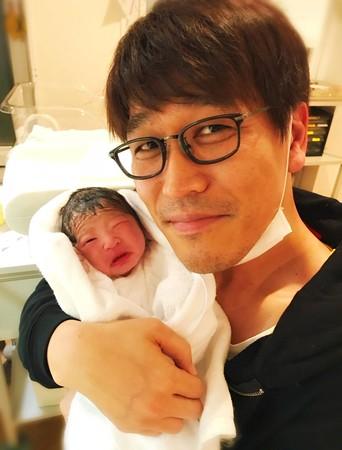 ▲▼PIKO太郎寶寶出生,正式升格當爸。(圖/翻攝自PIKO太郎推特)