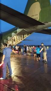 空軍出動C-130運輸機 疏運澎湖滯留旅客