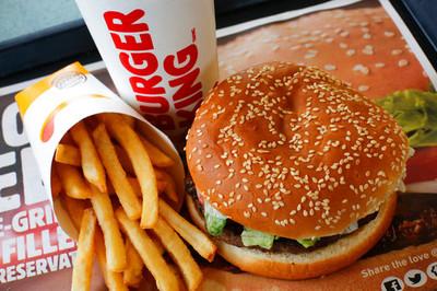 「漢堡王」點餐!貨車突漏氣爆炸