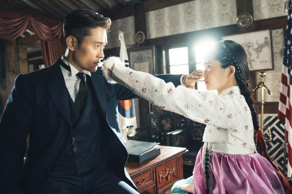 ▲▼《陽光先生》堪稱韓劇史上最大規模。(圖/Netflix提供)