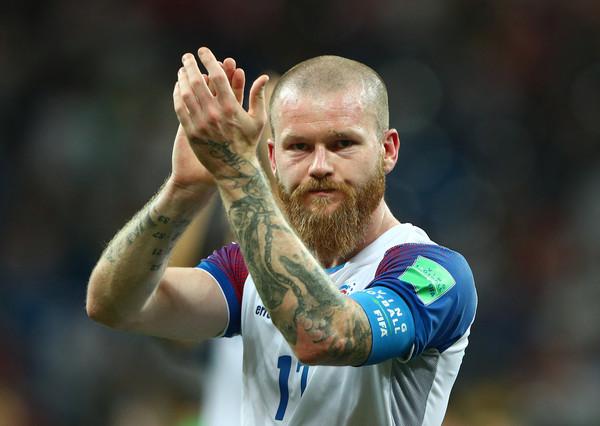 ▲冰島精神象徵,大鬍子古納爾森(Aron Gunnarsson)。(圖/路透社)