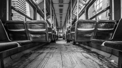 千萬別搭這班末班車!南韓「穿越陰間的巴士」 刷卡竟找嘸紀錄