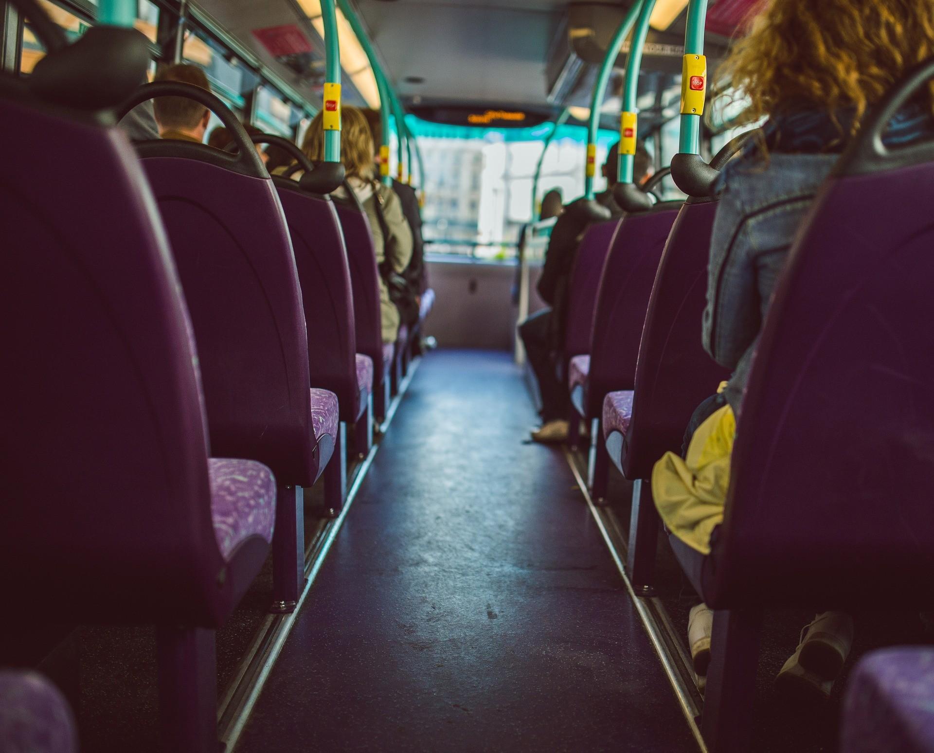 ▲▼巴士,客運,座位,車,公車。(圖/取自免費圖庫pixabay)
