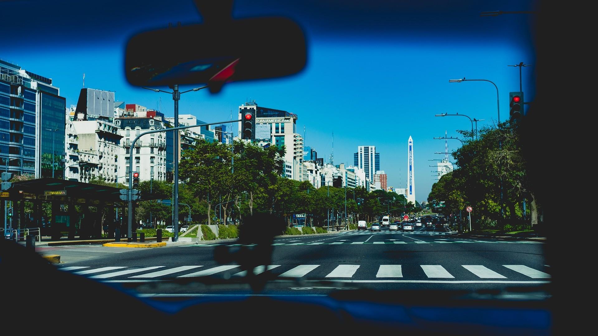 ▲▼車禍,斑馬線,馬路,交通規則。(圖/pixabay)