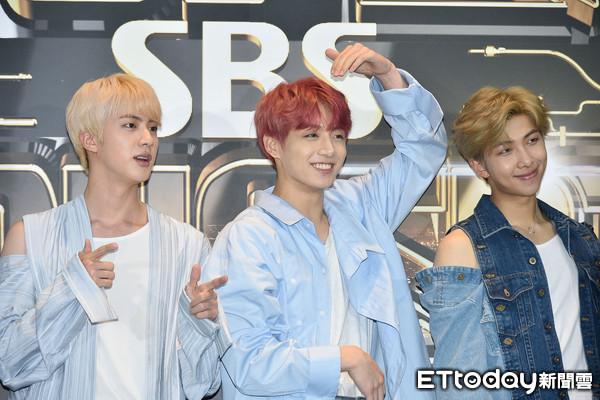 ▲▼防彈少年團出席 韓拼盤演唱會「SBS SUPER CONCERT IN TAIPEI」。(圖/記者張一中攝)