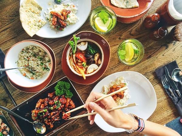 ▲▼用餐,吃飯,飲食,餐廳,聚餐,餐桌,餐點,筷子。(圖/翻攝自pixabay)