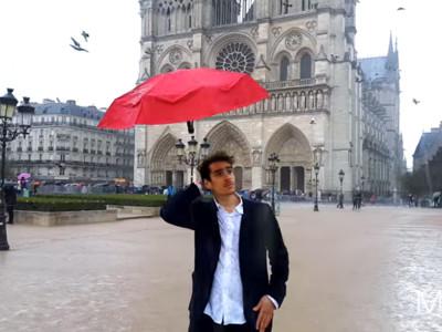 「自動浮空雨傘」永遠跟在你頭上!再也不用空出手拿傘啦~