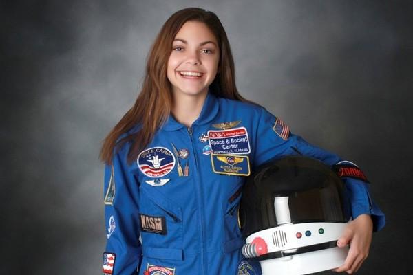 ▲▼17歲少女卡森(Alyssa Carson)立志成為第一批登上火星的人。(圖/翻攝自推特/@NASABlueberry1)