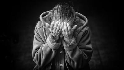 百歲人瑞活累了 想死求解脫遭兒孫阻 哀:想到地下找老伴了