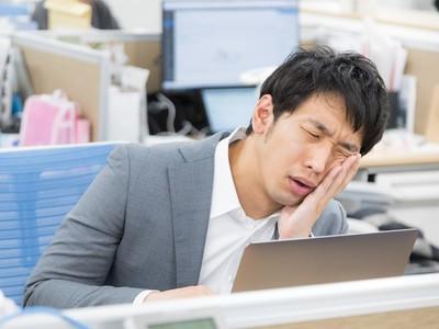 揭曉「上班族腦內分析」!耗費最多腦力思考的項目和工作效率無關