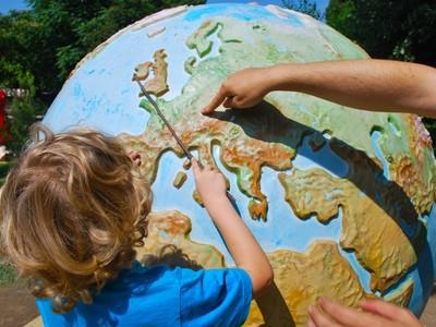 社會實驗好尷尬!美國路人指錯世界地圖..最扯題目「美國在哪裡」
