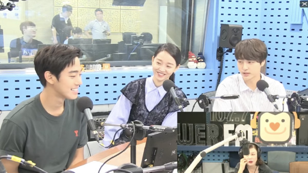 ▲梁世宗、安孝燮和申惠善參與電台播出。(圖/翻攝自LE11 YOUTUBE)