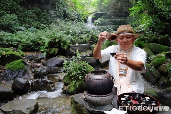 在野溪裡喝杯茶!退休教官的流水茶席 詩意又夢幻