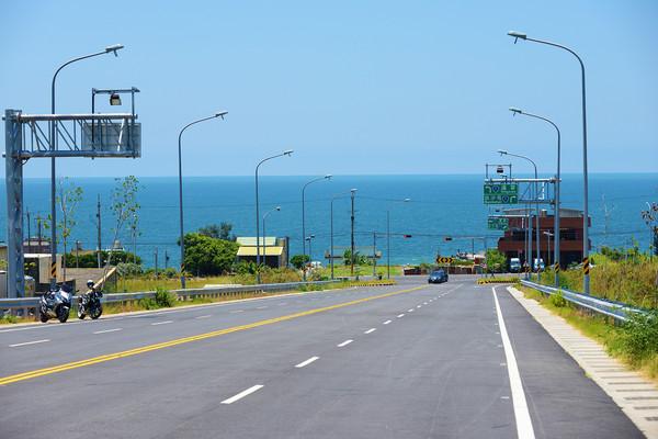 ▲苗栗新埔西濱61快速道路。(圖/隨裕而安提供)