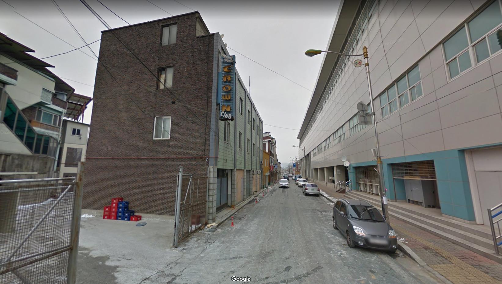 ▲▼南韓東豆川市Crown Club(圖/翻攝Google地圖街景服務)