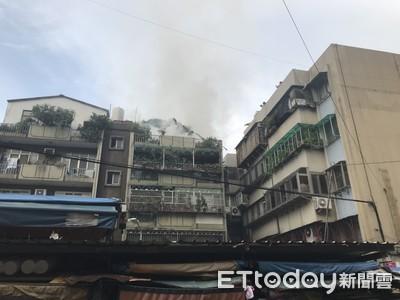 更新/松山區火警 頂樓加蓋套房燒毀