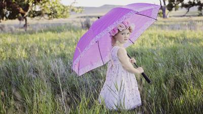 外國人總不撐傘? 英國紳士嫌棄雨傘「太娘」 只有鄉巴佬才愛