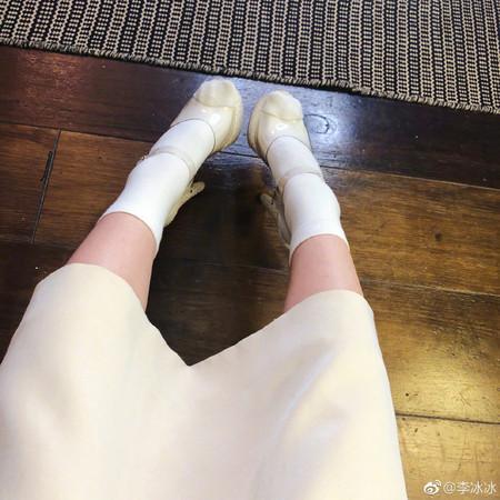 ▲李冰冰長裙下藏亮點。(圖/翻攝自微博/李冰冰)