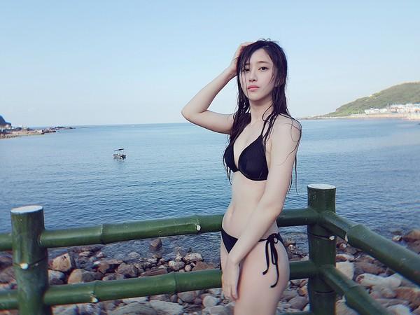 ▲《通靈少女》謝翔雅穿比基尼。(圖/經紀人提供)