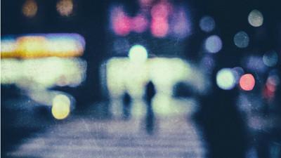 摘掉眼鏡踏入超現實! 藝術家Philip Barlow帶你窺探失焦朦朧美