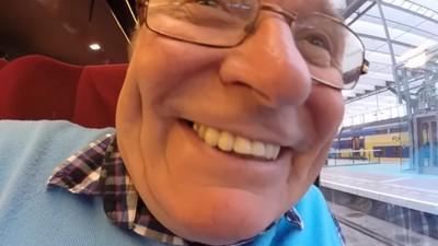 呆爸鏡頭拿反「特寫大餅臉四天三夜」 兒:我的GoPro到底拍了啥