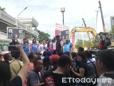 反空汙法!台南市200多輛老車抗議