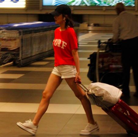▲朴敏英被拍到獨自飛新加坡。(圖/翻攝自IG)