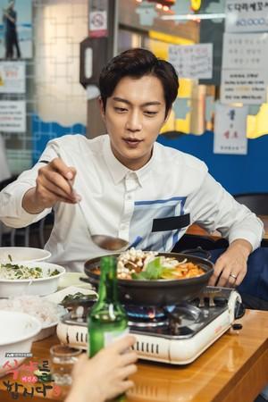 ▲尹斗俊入伍恐影響《一起吃飯吧3》拍攝。(圖/翻攝自《一起吃飯吧3》臉書)