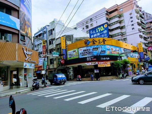 ▲鶯歌市區街景。(圖/記者張瑞傑攝)