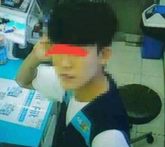 ▲▼南韓大邱超商竊盜(圖/翻攝自南韓論壇)