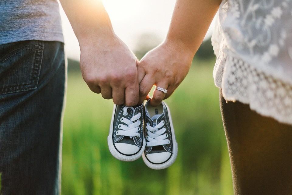 ▲▼交往,結婚,懷孕,情侶,夫妻,戀愛。(示意圖/pixabay)