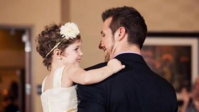 「迎娶4歲血癌女童」家長淚謝!男醫護員:只有死亡能將我們分開