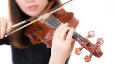 神反擊!鄰居屁孩太吵拿「小提琴模仿」…下一秒隔壁傳來爆哭聲