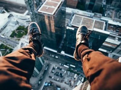 有股力量叫我下來..明明不想死卻衝動跳樓 研究:大腦誤以為要自殺