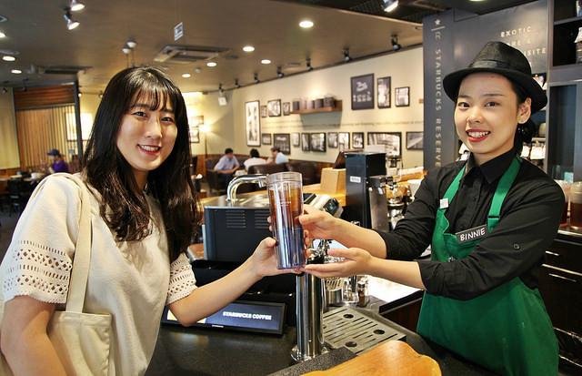 ▲▼南韓星巴克限塑政策(圖/取自flickr@ssg blog)