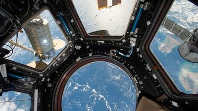 「太空人不能打嗝」缺乏重力變嘔吐 物理學家用一面牆神解