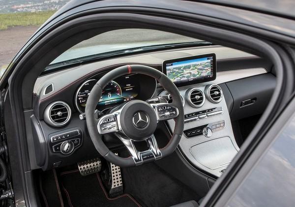 全台最好賣的賓士C-Class小改款9/14發表 新增C300全新車型(圖/翻攝自賓士)