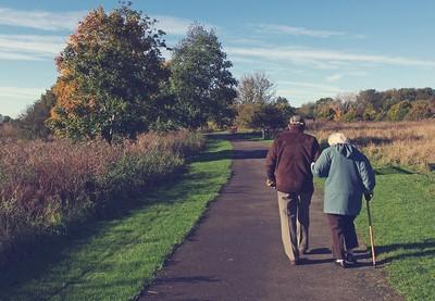 老婦晚年沒人理 1600萬送保險員