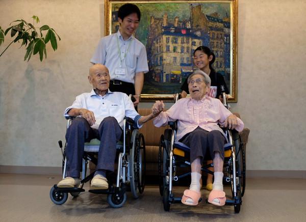▲世界最長壽夫妻。(圖/路透)