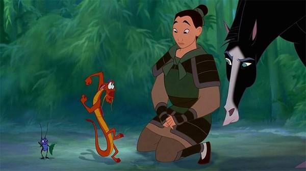 迪士尼《花木蘭》真人版木須龍可能回歸。(圖/《花木蘭》劇照)