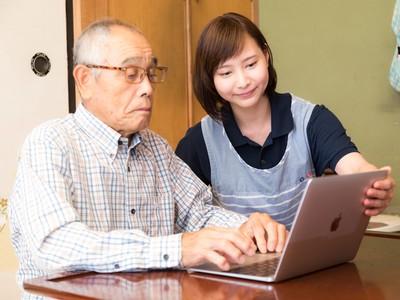 活到100歲免學費! 日本私大「新學妹都是阿嬤」開學嚇傻男同學