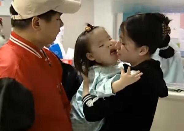 ▲▼臼齒爸爸過去上節目(圖/翻攝自南韓論壇)