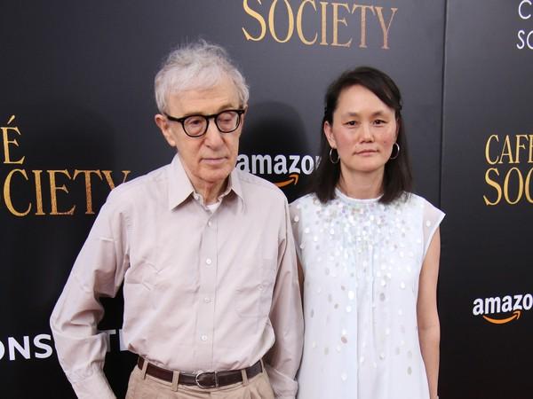 伍迪艾倫(Woody Allen)和宋宜(Soon-Yi Previn)。(圖/達志影像)