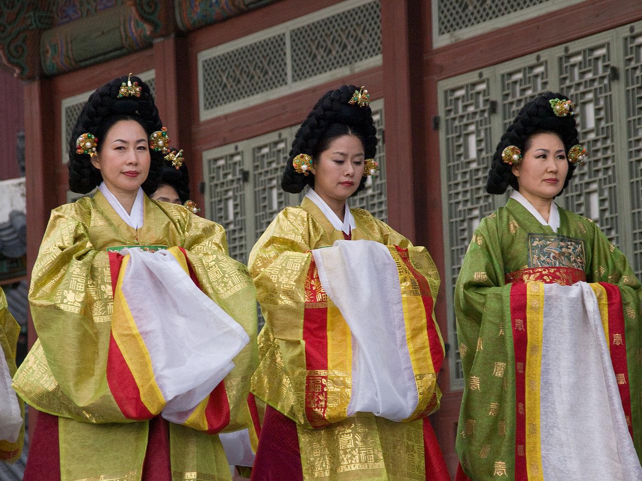 ▲▼朝鮮假髮(圖/翻攝自維基百科)