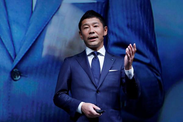 只需要動手轉發推特 日本富豪前澤友作送網友「10億紅包」