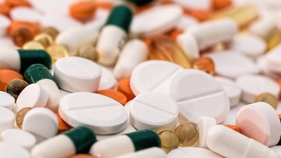 保健食品要選膠囊還錠劑? 吞的下最重要!